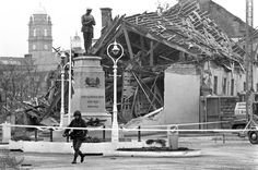 These Pictures Show What Life Looked Like During The Troubles Belfast, What Is Life About, Northern Ireland, Picture Show, Louvre, Fair Grounds, History, Building, Pictures