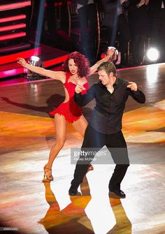 Episode 2111A' - In the two-hour season finale on TUESDAY, NOVEMBER 24 (9:00-11:00 p.m., ET), the three finalists advanced to the final stage of the competition. Sharna Burgess and Nick Carter
