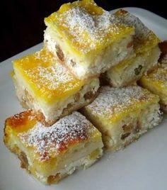 A legfinomabb túrós tekercs, még a rétesnél is fenségesebb! Hungarian Desserts, Hungarian Cake, Hungarian Recipes, Hungarian Cuisine, My Recipes, Cake Recipes, Dessert Recipes, Cooking Recipes, Albanian Recipes