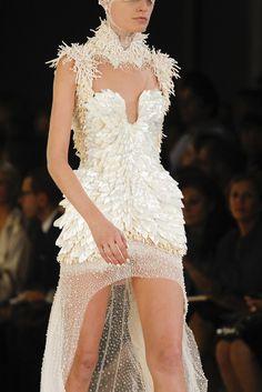 Alexander McQueen Spring 2012 Ready-to-Wear Collection Photos - Vogue