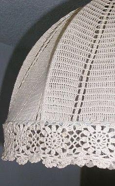 cer punto de agujas) y siempre estoy haciendo algo, NO PUEDO PARAR, no se si es una bendición o una maldición como diría el señor M Lampe Crochet, Crochet Lampshade, Crochet Stitches Chart, Crochet Patterns, Crochet Home, Knit Crochet, Crochet Mobile, Crochet Decoration, Finger Knitting
