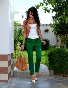 Forest Green pants?! where do I find them?