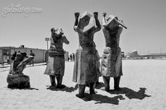 'Tragédia do Mar' sculpture at Matosinhos Beach