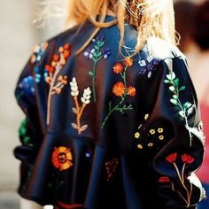 Embroidered leather: love at first sight ❤️ Check out some embroidered pieces at the Fashion Week edit! #Seezona #stylediaries