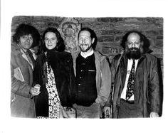 De gauche à droite : Gregory Corso, Anne Waldman, Gary Snyder et Allen Ginsberg. New York, 1976. © Photo. Gerard Malanga