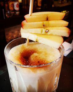 Apple pie Drink #mixxmalwas #havannabar #schmeckmalwerdamixxt #deinlieblingsbarkeeper #applepie #apple #pie #apfel #karamelli #genuss #likör43 #liquor #sahne #apfelkuchen #cockiiz #cocktails #cocktail #cocktailhour