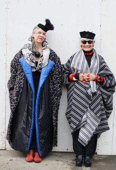 Glam-mas face aging in style: 'Every era builds character' – Trudy Raymakers Glam-mas face aging in style: 'Every era builds character' advanced style Style Funky, My Style, Style Blog, Estilo Fashion, Ideias Fashion, Winter Typ, Catwalk Models, Lady, Advanced Style