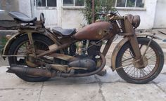 '44 DKW NZ 350-1 Truly an honorable survivor of the past.