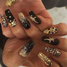 Love these nails. Especially the gold lizards.
