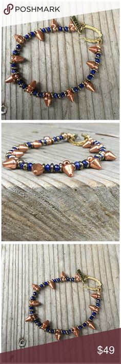 🎁 Vanessa Mooney Small Spike Bracelet Super cute, nice quality bracelet. Love the way the gold and blue pop! Lightweight. Can't tell you much more about it. Vanessa Mooney Jewelry Bracelets