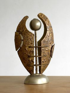 http://www.ebay.fr/itm/1970-EN-ATTENDANT-LES-BARBARES-BOUGEOIR-SCULPTURE-MODERNISTE-BAUHAUS-BRUTALIST-/142042018206?hash=item21125d319e:g:ipIAAOSwzJ5Xdhrz