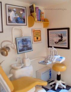 Parte de un Cuadro Consulta Dental con Miniaturas