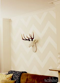 Chevrons: perfect for wall or fabric design #pattern #chevron