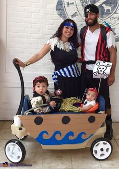 Pirate Family Costume Melisa: This was our family costume this year. Our son is 2 and our daughter is 5 months. We combined store bought costumes and DIY to create a complete look. Halloween Costume 5 Month Old, Wagon Halloween Costumes, Twin Halloween, Homemade Halloween Costumes, Family Costumes, Group Costumes, Zombie Costumes, Teen Costumes, Woman Costumes