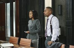 """S2/Ep1 """"White Hat's Off"""" Olivia's Armani Collezioni Wool-Blend Fitted Jacket ."""