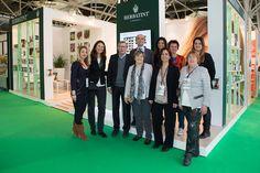 Lo stand e lo staff di Herbatint a Cosmoprof Worldwide Bologna nel 2015
