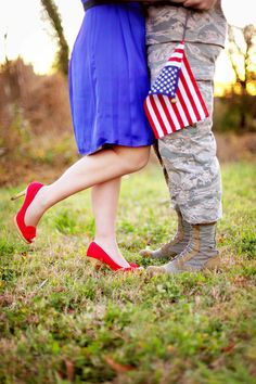 Military save the date with old glory, blue dress and red heels. CUTE people!