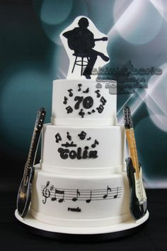 Guitarist 70th Birthday  - Cake by Suzanne Readman - Cakin' Faerie