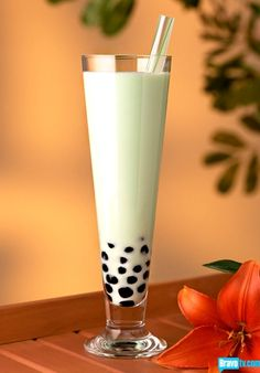 Green Tea Bubble Tea....what I wouldn't give for one of these right now...