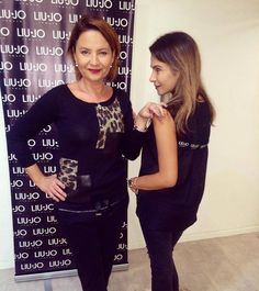 Moderátorka Jolana Voldánová a fotografka Klára Bartheldi s také myslí, že černá je dobrá :) Outfit / shopping / fashion.