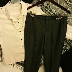 NEW LISTING! Dana Buchman Pants EUC 2 pockets, gold details, 31 inch inseam, unlined, dark navy blue color  *20% off 2+ bundles* Dana Buchman Pants
