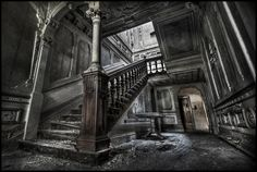 """Abandoned Mansion """"J"""" 