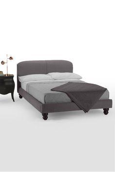Das Ordon Doppelbett in Graphitgrau. Eine Ode an traditionelles englisches…
