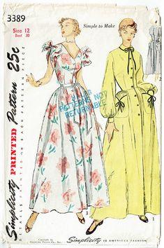 Vintage Sewing Pattern Simplicity 3389 Misses  1940s House Coat or Brunch  Coat Dress 30