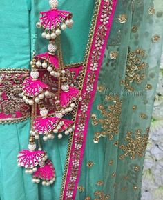 The ultimate list of gorgeous Lehenga and Blouse Latkan designs that are ruling the internet. From tassels to pom-pom designs, choose not just one but more. Saree Tassels Designs, Saree Kuchu Designs, Rakhi Design, Indian Wedding Outfits, Indian Designer Wear, Trends, Traditional Outfits, Hand Embroidery, Churidar