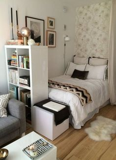 Room Design Idea for Small Bedroom. Room Design Idea for Small Bedroom. 12 Small Bedroom Ideas to Make the Most Of Your Space Small Apartment Design, Small Bedroom Designs, Small Room Design, Small Apartment Decorating, Small Room Bedroom, Small Apartments, Home Decor Bedroom, Small Spaces, Diy Bedroom
