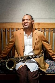 Whalum American Smooth Jazz Saxophonist and Songwriter He toured as Whitney Houstons opening act for several yearsKirk has also recorded a series of well received solo a. Smooth Jazz Artists, Smooth Jazz Music, I Love Music, Good Music, Music Music, Acid Jazz, Contemporary Jazz, Neo Soul, Jazz Musicians