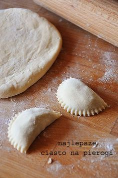 Najlepsze ciasto na pierogi Good Food, Yummy Food, Polish Recipes, Polish Food, Antipasto, Dumplings, Pasta Recipes, Pierogi, Food And Drink