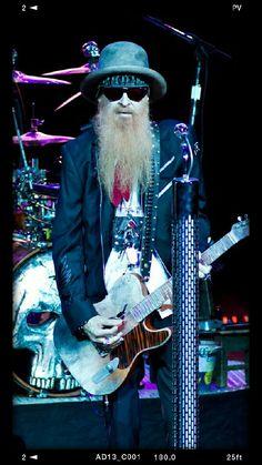 Billy gibbons Zz Top, Rock Roll, Billy F Gibbons, Blue Soul, Heroes Book, Guitar Photos, Heavy Metal Rock, Rock Posters, Rock Legends