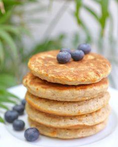 Pancakes healthy Une recette ultra rapide pour un petit déjeuner sain et qui vous permettra de tenir jusqu'au déjeuner sans problème !