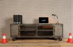 #Industrieel #TV #meubel in natuurlijke afwerking #Barak7nl
