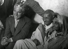 vintage everyday: Rare Pictures of Charlie Chaplin Hanging Out with Famous People