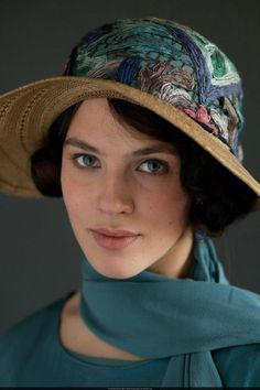 Downton Abbey Fashion: Lady Sybil Crawley (Jessica Brown Findlay) in embroidered hat Jessica Brown Findlay, Downton Abbey Costumes, Downton Abbey Fashion, Lady Sybil, Julian Fellowes, Embroidered Hats, Actors & Actresses, Female, Beautiful