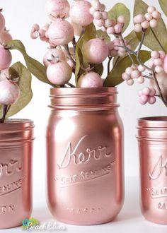 Pink Copper Rose Gold Decor Painted Mason Jars Home von BeachBlues - All About Decoration Pot Mason Diy, Mason Jar Crafts, Bottle Crafts, Pots Mason, Vase Centerpieces, Vases Decor, Gold Mason Jars, Rose Gold Decor, Copper Rose