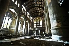 15 Stories of Abandoned Places around the World
