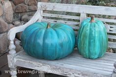 Beautiful+turquoise+pumpkins+-+full+tutorial+-+using+either+a+real+or+fake+pumpkin
