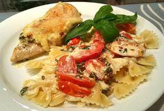 Mozzarella - Hähnchen in Basilikum - Sahnesauce, ein schmackhaftes Rezept aus der Kategorie Schnell und einfach. Bewertungen: 2.012. Durchschnitt: Ø 4,7.