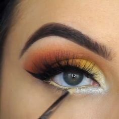makeup removal « April Flores Make-up Pretty Eye Makeup, Eye Makeup Tips, Cute Makeup, Makeup Goals, Gorgeous Makeup, Makeup Videos, Makeup Inspo, Makeup Inspiration, Beauty Makeup