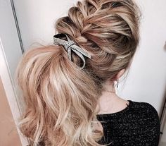 30 Chic Braid into Ponytail Styles That Will Spice Up Your Look - Ombre Hair My Hairstyle, Messy Hairstyles, Pretty Hairstyles, Hairstyle Ideas, Ponytail Styles, Curly Hair Styles, Hair Color 2018, Hair 2018, French Braid Ponytail