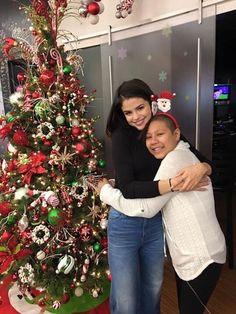 Who is daymond john dating divas christmas