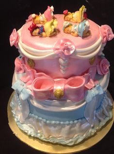 Disney princess baby shower cake OMG I hope I have another girl so we can have this cake