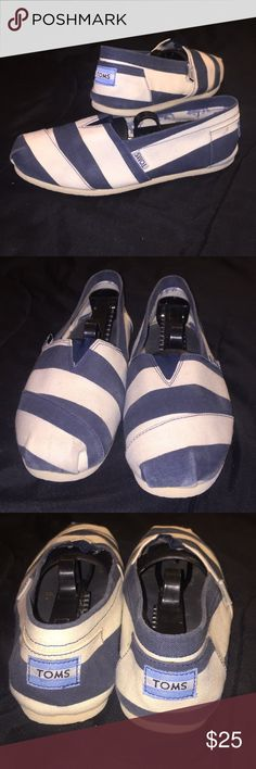 Woman's Toms Navy and Cream Striped Woman's Toms. This is an essential wardrobe piece for any closet. The upper is made of a breathable canvas, the sole is made from a comfortable foam. Safari Print on the inside of the shoe. Lightly used condition with some signs of wear as shown in pictures. Condition 8/10. Says EU 38 but fits like a US 7. HMU with an offer, I'll accept or counter. Limited quantity. Thank you and have a great day. Toms Shoes Flats & Loafers