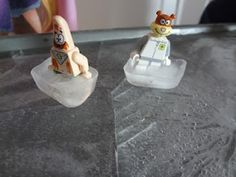 lego figure ice rink.  Fun idea!  Maybe for a summer day..