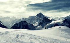 Snow valley sky