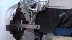 TRUMPF Laser-Rohrschneiden: TruLaser Tube 7000 - Schwenkbarer Laser-Schn...