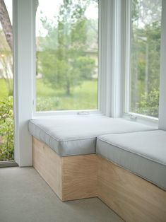 How To Build Modern Bench Seating with Storage!